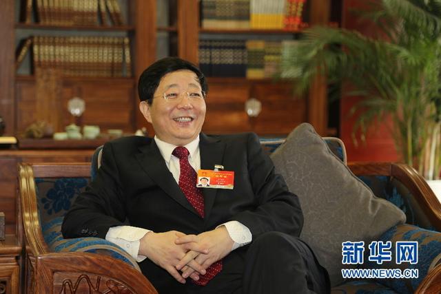 全国人大代表李兆廷:加快玻璃基板战略布局