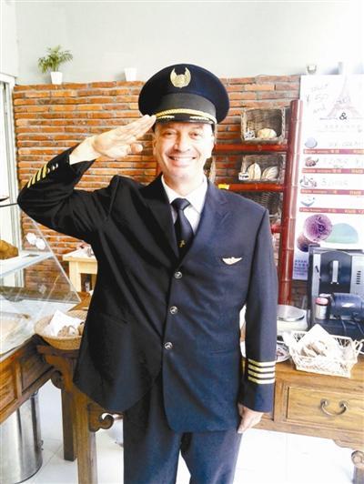 数量已超千人 中国航空公司靠啥吸引外国飞行员