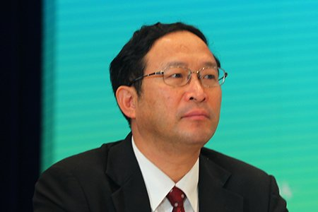图文:广西壮族自治区副主席陈章良