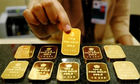 美联储声明引发全球市场波动:金价大涨1.5%