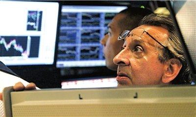 标普纳指跌至上半年最低点 全球股市大跌三原