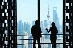 """上海楼市引领全国降价潮 房企巨头加入""""七折""""军团"""