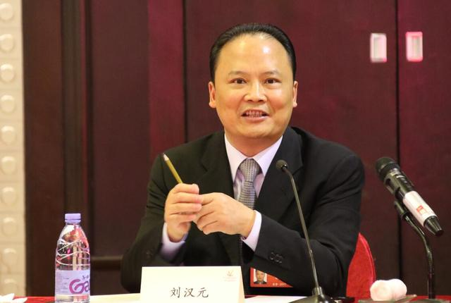 刘汉元:光俯伏补养助拖欠严重 全行业受到严重冲锋