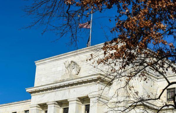 美联储有望维稳利率 研究减持抵押债券的方式