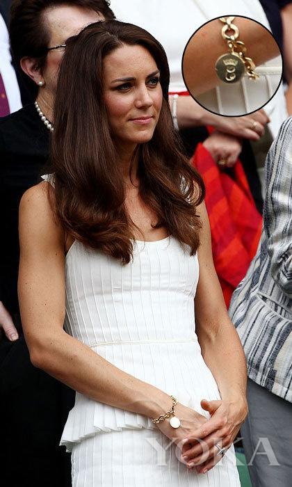 王室风云:从球衣到手机壳 王室那些数不尽的定制版