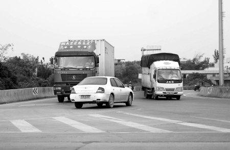 南港大桥规划不合理 百米内有5处冲突点