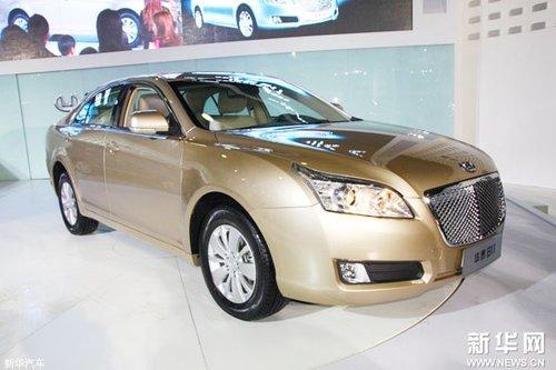 华泰b11是华泰汽车进军轿车市场首款产品,因为车型外观与豪高清图片