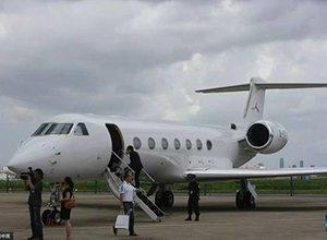 王健林马云买了同款 中国富豪最爱什么私人飞机?
