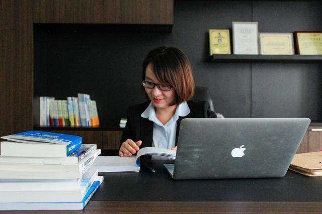 """专访蔡丽煌:""""学霸总裁""""与她的会计教育""""独角兽"""""""
