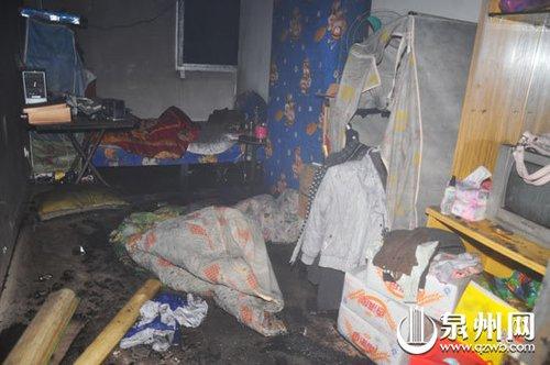 一民房凌晨失火 租户一家6口受困 2死2伤(图)
