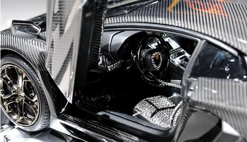 世界最贵车模 价格可以买12辆兰博基尼