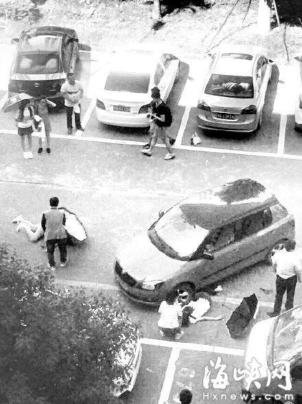 福建工程学院校内发生车祸 学生被撞倒