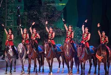 2月9日,厦门灵玲国际马戏城将联手腾讯大闽网、107经济交流广播,与12位明星主播一同奉上欢乐小年夜・厦门第二届马戏春晚。