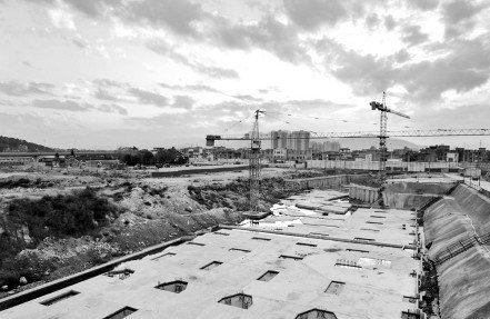 地铁火车南站站封顶 即将开始内部施工