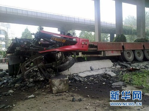 杭州钱塘江三桥塌落 事故现场高清照片(图)