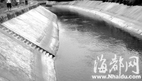 莆田五龄双胞胎水渠旁玩耍 不幸溺亡水渠