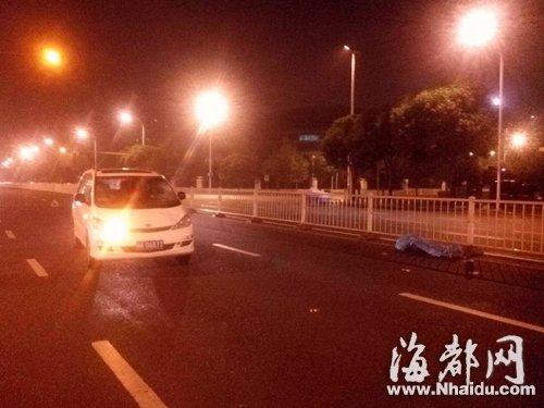 流浪汉翻护栏被撞身亡 肇事闽K车属于电力公司