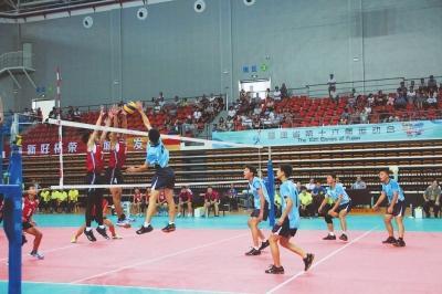省运会青少年(乙组)排球比赛在柘荣县体育中心场馆内开赛
