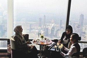 世界最高餐厅23日迪拜开张 距地高度422米