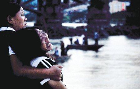 西河游泳场界外 16岁少年溺亡(图)