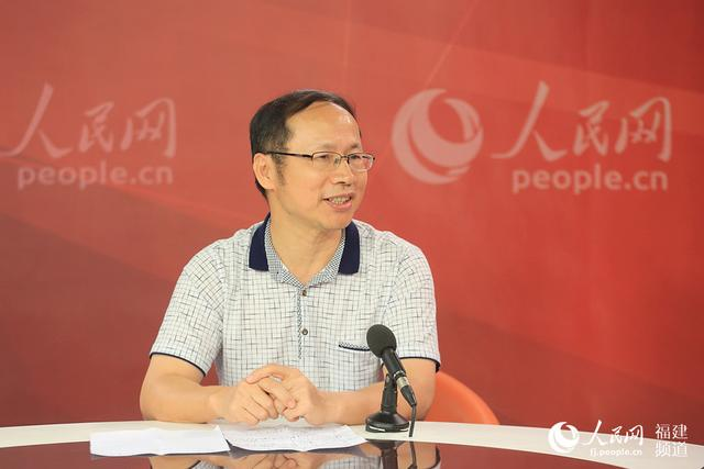陈朝宗教授:注重幼儿教育 抓好福建义务教育新任务