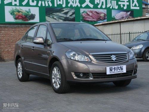在中国家庭中,三厢轿车一直备受推崇.长安铃木天语·尚高清图片