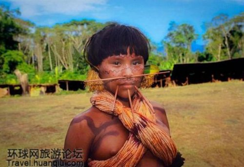 土著人妇女图片