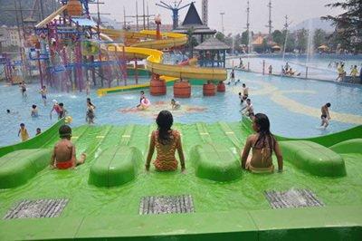 适合儿童及家庭游玩的数十项水上娱乐项目
