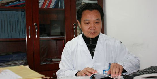 关注福建整形业发展 专访王彪主任