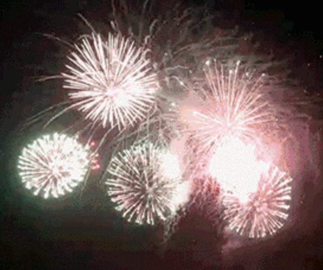 震撼来袭 昨夜厦门、金门两岸焰火绽放