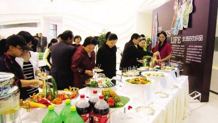 美食嘉年华 阳光城新界泰式美食挑战极致味蕾