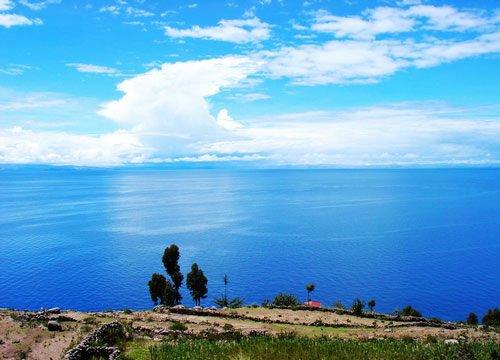 揭开秘鲁浮岛面纱 古老的的喀喀湖
