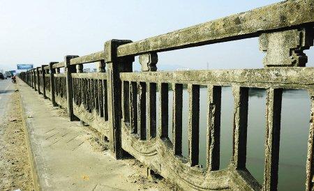 车流骤增大桥不堪重负 南港二桥已在规划中