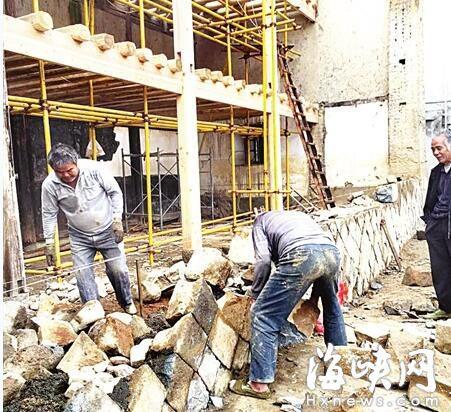 闽清宏琳厝修复 部分木结构开始吊装