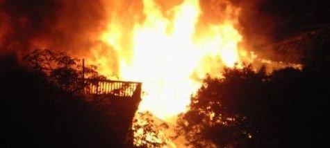 苍霞街道凌晨发生火灾 台江启动灾民救助预案
