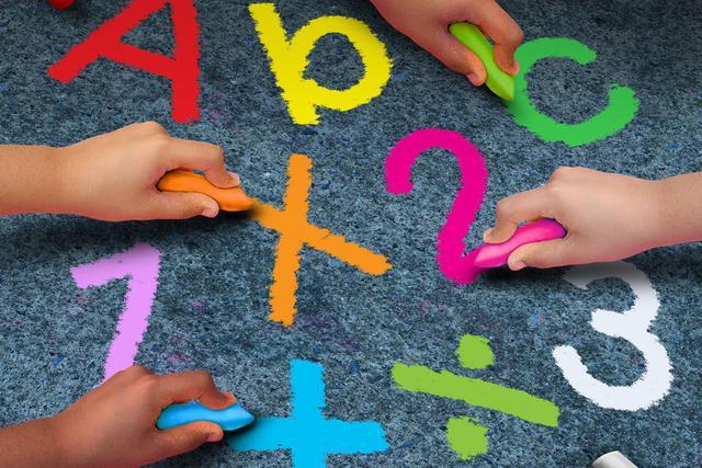 在线教育的永恒话题:线上or线下,一对一or小班课?