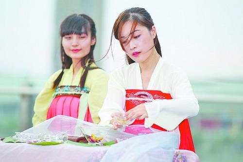 2016两岸斗茶茶王争霸赛将在厦举行 八父亲茶类争茶王