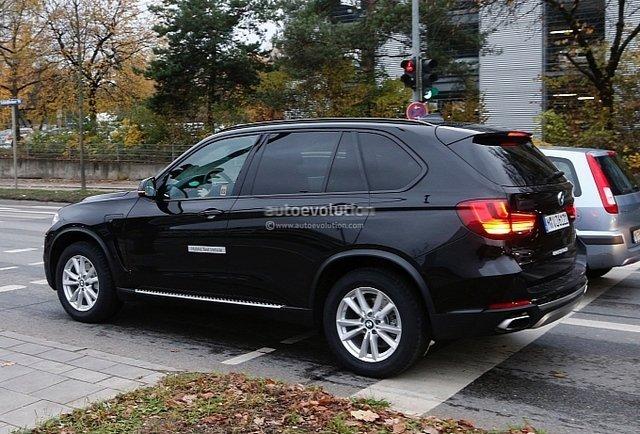 [新车谍报]宝马X5 eDrive插电式混动车首曝