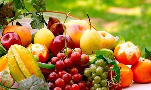 水果应该早上吃还是晚上吃 饭前还是饭后?
