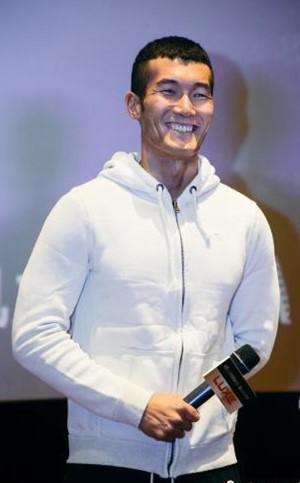 《红海行动》主演杜江、蒋璐霞、王雨甜空降幸福蓝海影城