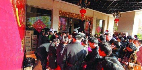 近万人到访 金辉民俗嘉年华给力过新年