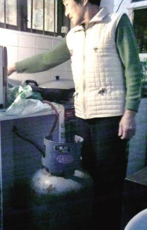"""福州近1/4家庭用""""黑气"""" 气瓶成""""不定时炸弹""""(图)"""