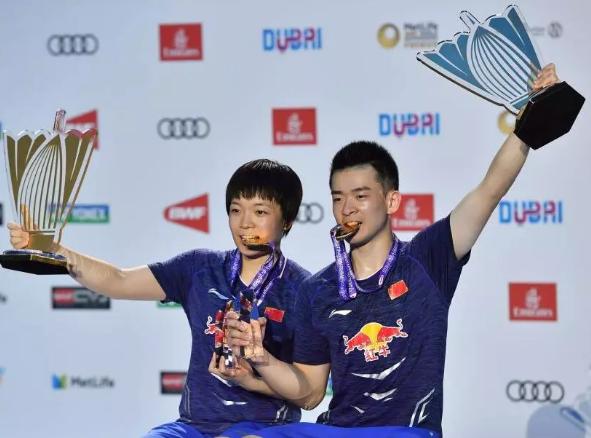 """""""围城组合"""":卫冕世界羽联总决赛混双冠军"""