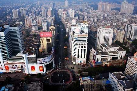 万达广场冲击 东街口:万达离我们还有点远