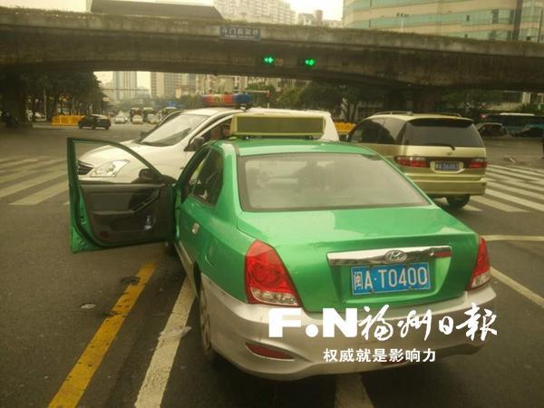 """火车站到福飞北路收费870元 的士装""""跑得快""""还绕路"""