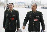 解放军代表步入会场