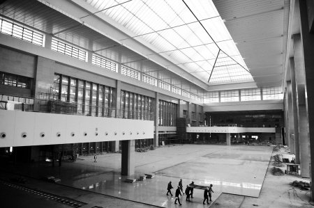 火车南站东站房月底竣工