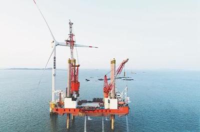 福建:大功率风机海上上吊装速度创出新纪录