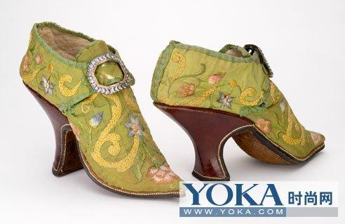欧洲古代高跟鞋