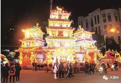 时隔72年南靖山城结彩楼庆新年 重拾儿时记忆图片
